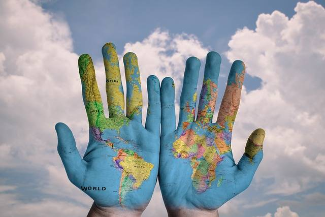 Hands World Map · Free photo on Pixabay (1876)