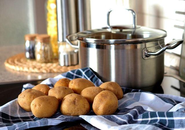 家族が喜ぶじゃがいもレシピ♡味よし見た目よしの調理法とは?