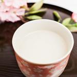 甘酒の簡単な作り方♡「飲む点滴」で美容と健康を手にいれよう♪