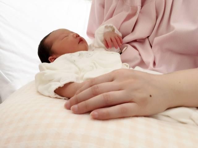 産後のカラダはどうなっているの?「子宮復古不全」の症状や原因・治療法について
