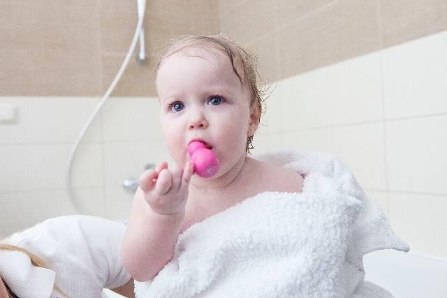 ママ一人でも赤ちゃんとお風呂にスムーズに入れる方法徹底解説!