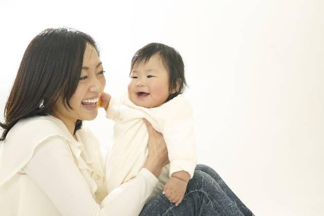 赤ちゃんの便秘解消に効果的な食べ物8選!いつもの食事に食材をプラスワンして改善しよう