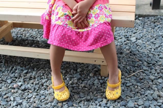 子ども用サンダルで夏を快適に♪子どもの足に優しいサンダルの選び方を教えて!