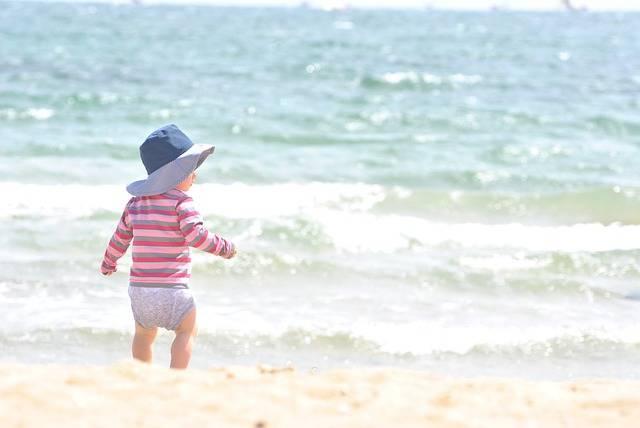 赤ちゃんの紫外線対策はいつから?日焼け止めの選び方とおすすめアイテム5選