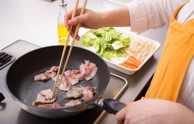 豚バラ肉のおすすめ人気レシピ8選♪暑い夏は豚肉が効果的♡スタミナ満点で乗り切ろう!