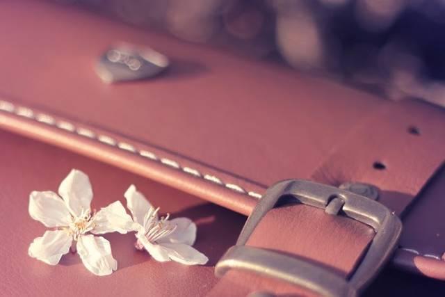 マザーズバッグの選び方!先輩ママのバッグの中身は?軽い☆オシャレ☆大容量のバッグをご紹介