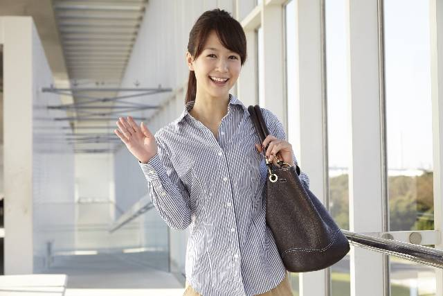 コムサのマザーズバッグは軽くて大容量!その上機能的だからママにオススメなんです♪