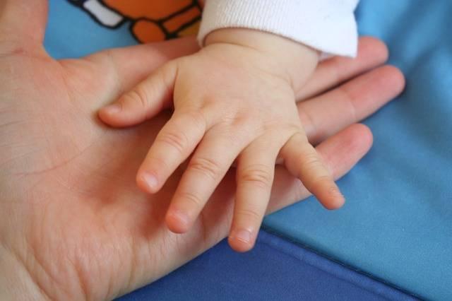 赤ちゃんとママのコミュニケーションツールにおすすめのベビーサインとは?
