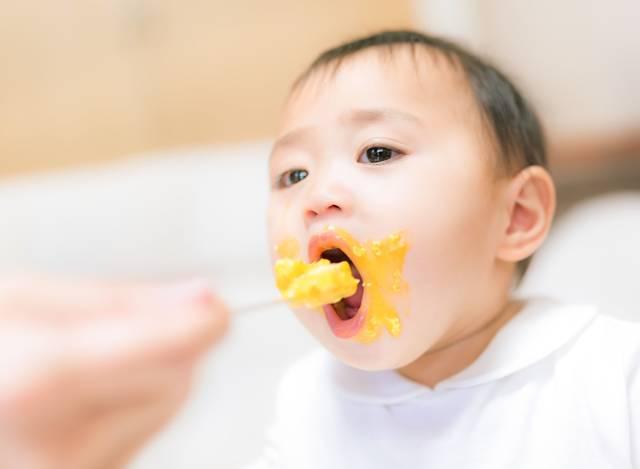 離乳食初期【ゴックン期】はココが大切!新米ママでも分かる5・6ヶ月の食事で気を付ける事とは?
