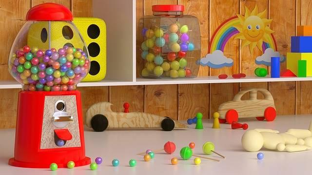 雨の日は子供と室内遊びを楽しもう!お家にいながら親子で楽しめるおすすめの遊び方5選