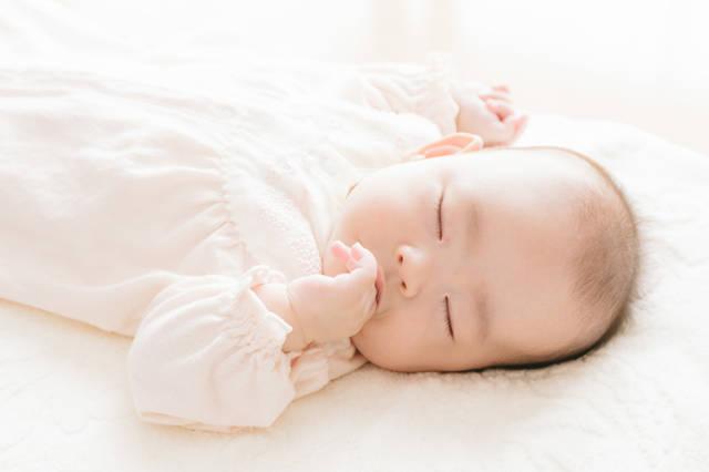 赤ちゃんの成長が楽しみ♡その時期にあった遊び方や育児方法を教えます!
