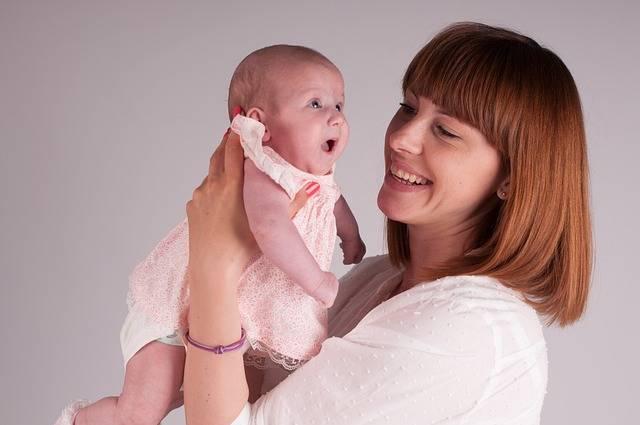 おむつなし育児は赤ちゃんとのコミュニケーションが重要!その方法と便利アイテム5選