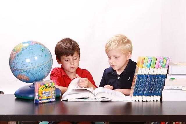 子供が遊びながら学べる!職業体験テーマパーク「キッザニア」と「カンドゥー」を徹底解剖!