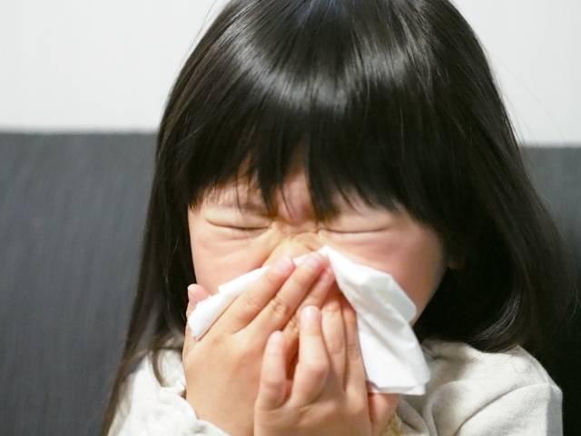 子供の鼻水は要注意!色でわかる症状と自宅で出来る対処法とは?おすすめ吸引器5選