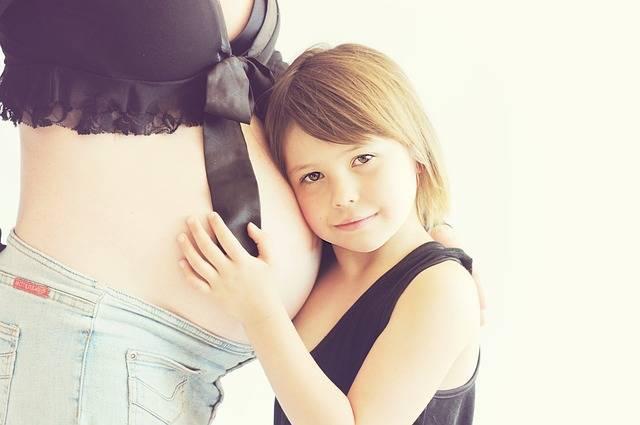 2人目の高齢妊娠!悩めるママへ…妊娠~産後までの起こりうる様々なリスクとは?
