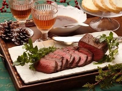 オーブンがなくても大丈夫!クリスマスのメインディッシュにぴったり「ローストビーフ」の作り方