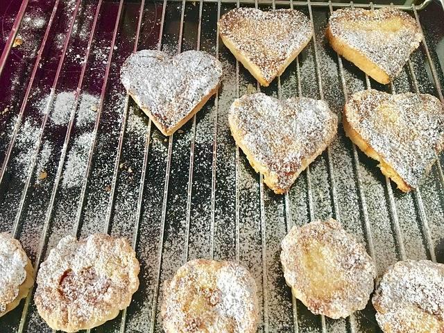 【難易度別】ホットケーキミックスで作る!バレンタインの愛情たっぷりレシピ8選♡