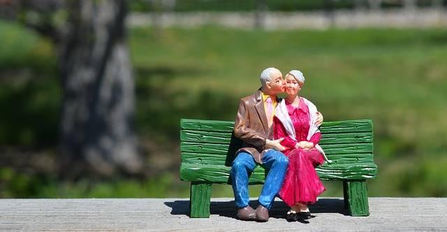 いい夫婦って何だろう?仲良し夫婦になる秘訣とずっとおしどり夫婦でいる方法【まとめ】