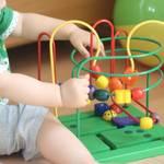 【3歳児向け】知育玩具おすすめ7選!おもちゃの持つ役割と上手な選び方とは?