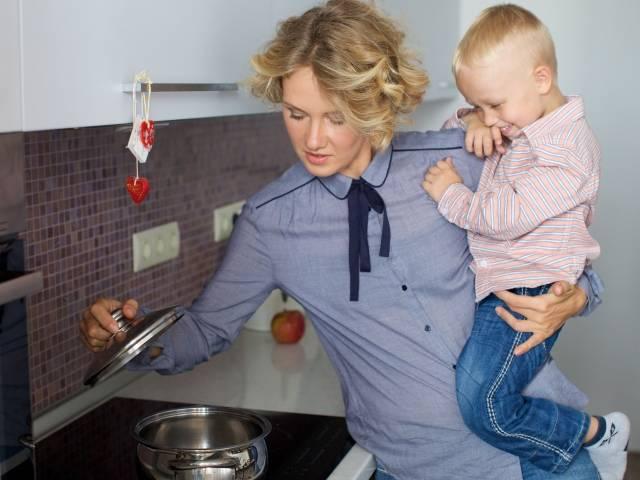 共働き家庭の家事分担は北欧諸国に学べ!今すぐできる家事分担改革の5つのポイントとは?