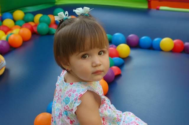 赤ちゃんの服のサイズの選び方は?長く着回すためのコツとサイズアップのタイミングは?
