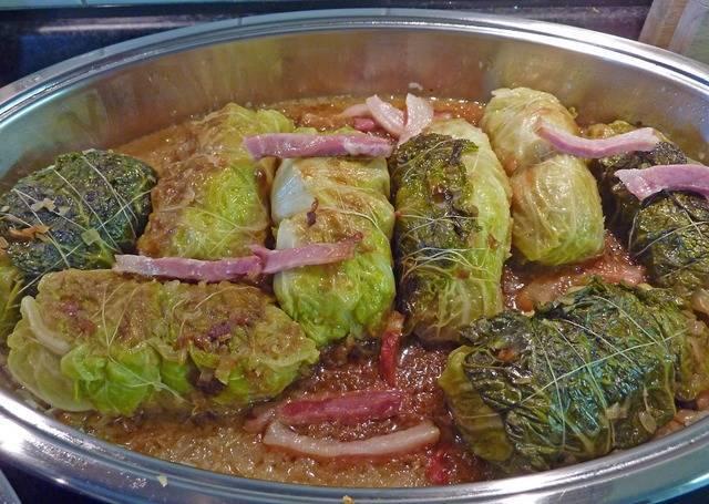 【調理法別】キャベツのメイン料理レシピ10選♡子供にも人気の一皿に!節約にも?
