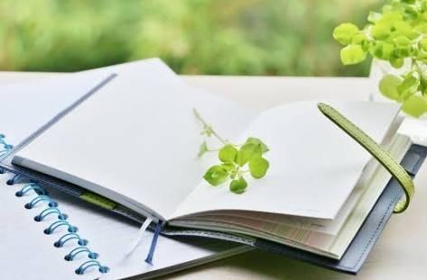 育児ノートは何を書く?目的別選び方と子育てに役立つ人気アイテムおすすめ9選♡