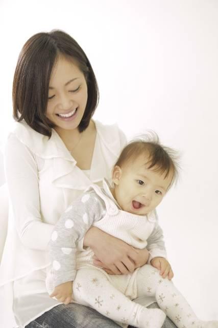 【赤ちゃんの体重】平均って?成長曲線って何?月齢別の増え方の目安などわかりやすく解説!