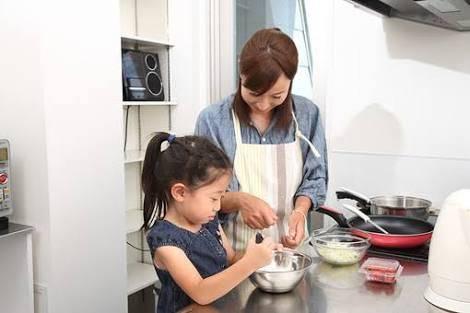 子供と一緒に♡簡単美味しいご飯の作り方年齢別レシピ7選!やる気を損ねない教え方のコツは?
