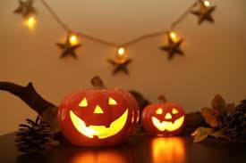 ハロウィンパーティーはおウチで♡気分を盛り上げる飾り付け実例集&上手な飾り付けのコツ5つ