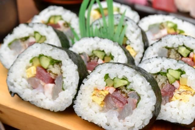 子供が喜ぶお寿司レシピ24選♡誕生日やパーティーに映える可愛くて美味しいアレンジ大公開!