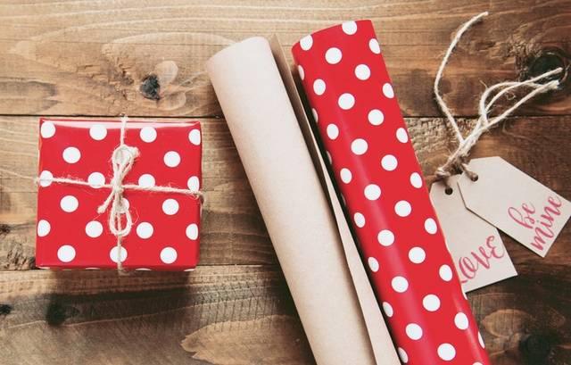 プレゼント用ラッピング方法10選!不器用さんでも上手に見せるコツ&おすすめアイテム6選