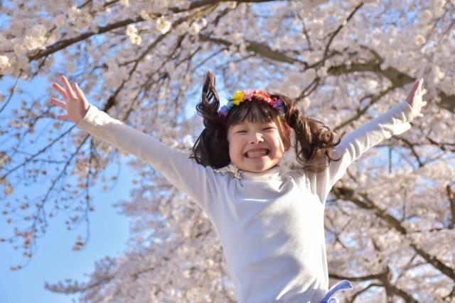桜と子供の写真を上手に撮る8つのコツ♡スマホでも簡単!カメラに詳しくなくても大丈夫♪
