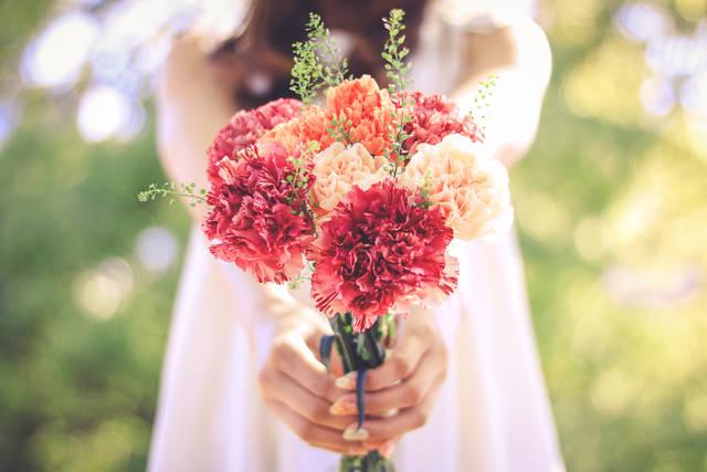 【母の日】今年は何あげる?カーネーションもいいけど色んな花のプレゼントもチェックしておこう