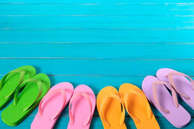 子ども用ビーチサンダルはどう選ぶ?何歳から履かせていいの?タイプ別おすすめアイテム12選