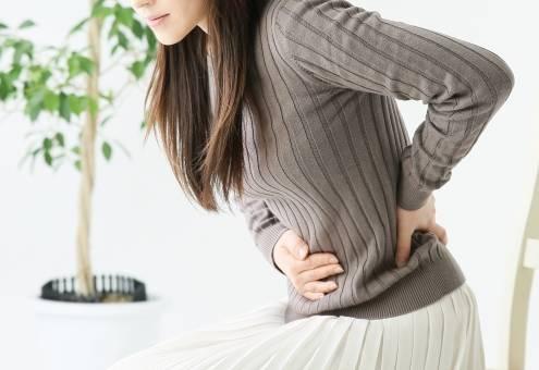妊娠中の辛い腰痛の原因や対処法は?おすすめのストレッチ方法&骨盤ベルト3選も♡