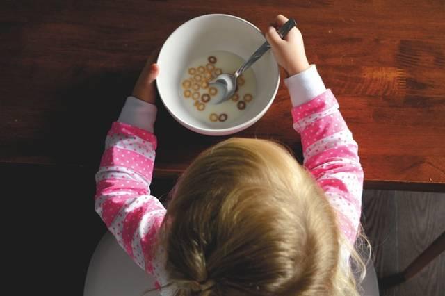 幼児期の食事は量よりバランスが大事!好き嫌いをなくして不足しがちな栄養素を補おう