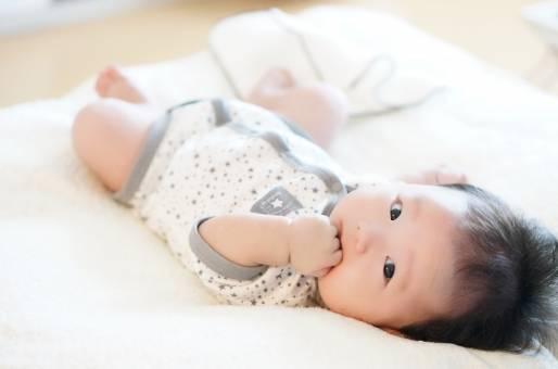 赤ちゃんの下痢はもしかして病気のサイン?見分け方や対処法・病院を受診する目安も!