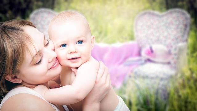 知らぬうちに育児ストレスに…頑張りすぎないための本9選!ママの笑顔で家族もハッピーに!