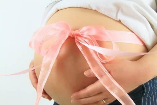 妊娠した子は女の子?それとも男の子?性別にまつわるジンクス&占い12選を一挙大公開!