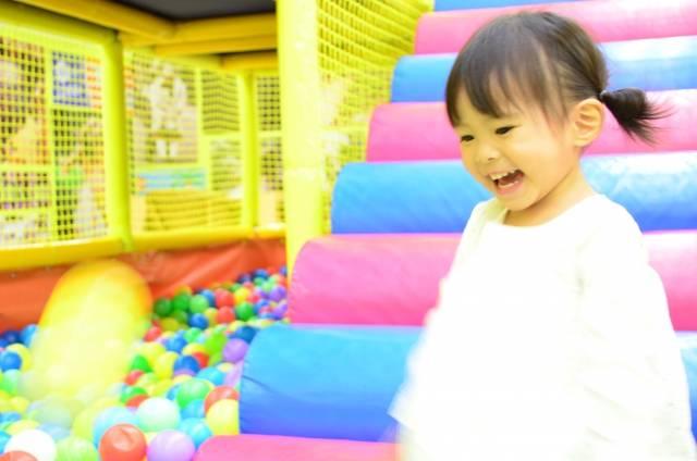 福岡県の子ども向け室内おでかけスポット6選を星つきレビュー!猛暑でもたくさん遊ぼう!