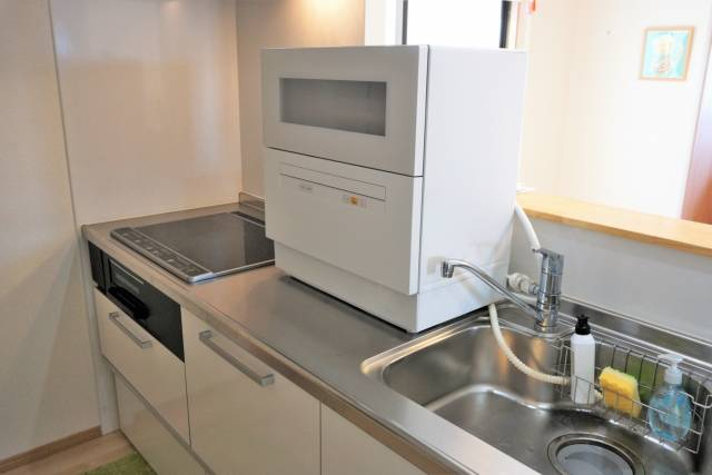 共働き家庭の強い味方!賃貸にもOK&時短で便利な食器洗い乾燥機3選をご紹介