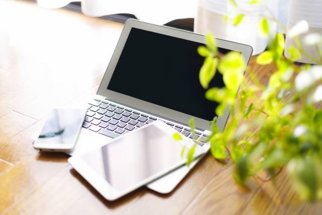 副業ブログでおすすめのテーマランキングベスト3!稼ぐ方法や確定申告についてもご紹介