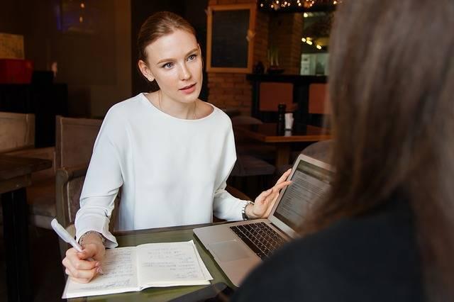 ママのアイデアや経験を活かして女性起業家になろう!手続きの方法から助成金についてもご紹介!