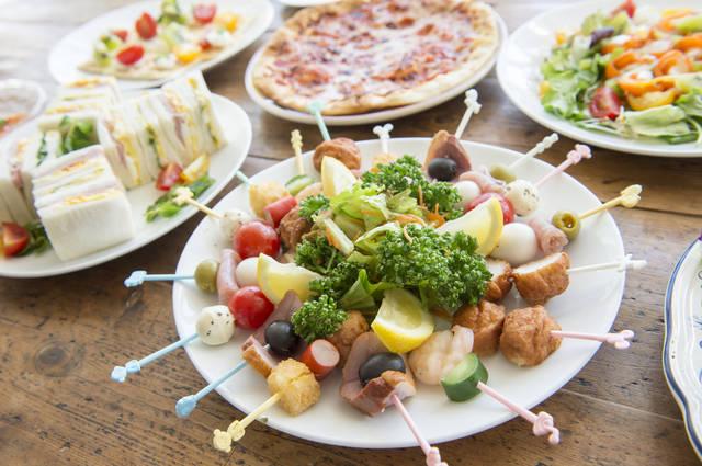 ホームパーティーのレシピ15選!ハロウィンやクリスマスにおすすめのおしゃれメニュー大特集