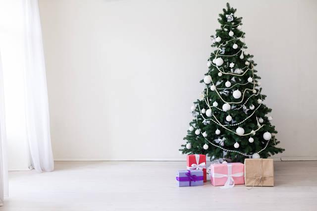 おしゃれなクリスマスツリー6選!ミニサイズからビッグサイズまで!素敵な飾り方もご紹介