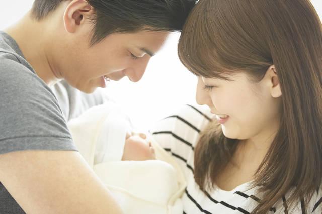 新生児の育児におすすめの子育て本5選!新米ママ・パパが読みたいロングセラーバイブル