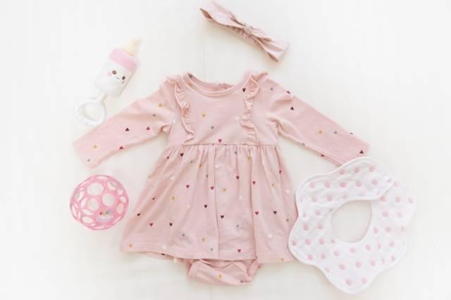 赤ちゃん服の選び方とサイズの目安をご紹介!サイズアウトした服を活用して楽しもう!