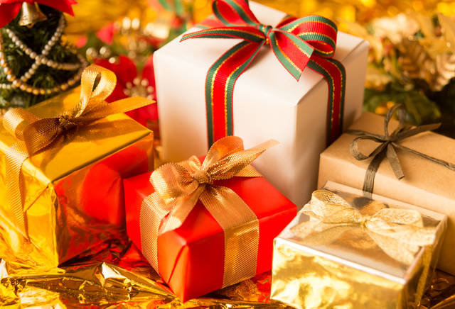 子供のクリスマスプレゼント2019!ジャンル別の人気のおもちゃから選んで最高の笑顔に!