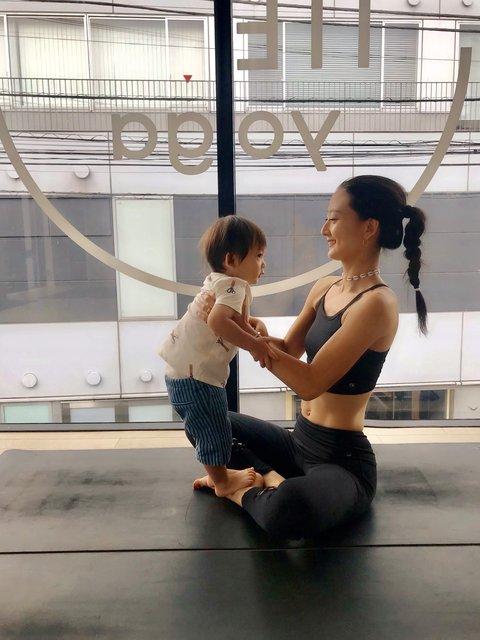 ベビーとママのためのヨガをikumamaMUSEが子連れで体験!産後におすすめのポーズも